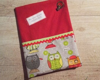 Red health book and OWL pattern (boy version)