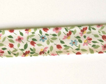 Floral friendship braid finish fancy for textile design DIY
