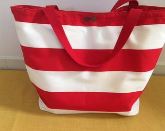 Beach bag red and white