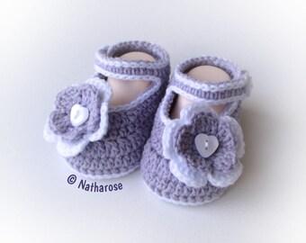 Chaussons bébé fille ballerines babies à fleurs parme et blanc