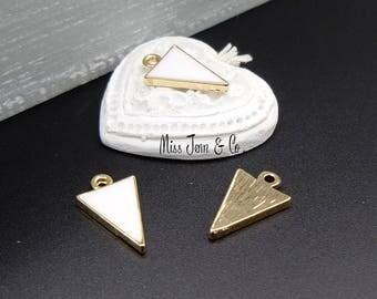 4 charms gold geometric triangle enamel white 17mm x 10mm