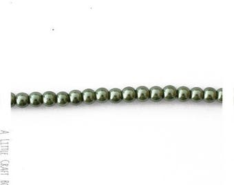 80 beads 4mm pearl beads - green leaf