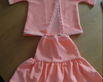 Lovely outfit for little girl.