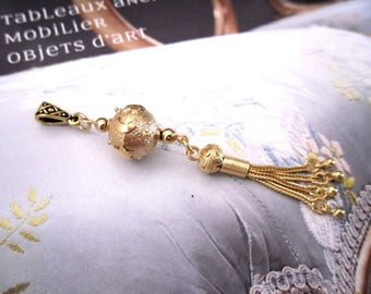 Cosmos - Pendant in Vermeil (gold plated silver) - Bali Perle and tassel from Turkey.