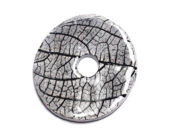 N97 - Pendant porcelain ceramic Nature leaves Donut Pi 39 mm light grey Pearl - 8741140004801