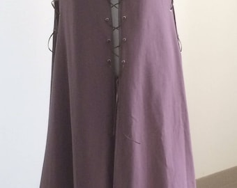 Medieval surcoat / historical RUR-dress in cotton with laced, medieval dress coat