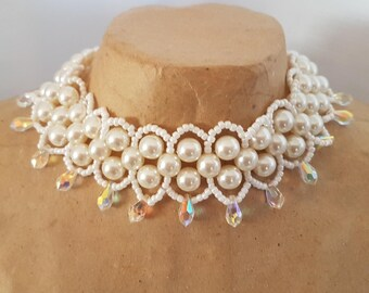 Choker with beaded Pearl and white Swarovski drops