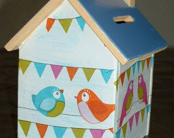 This money box wood-handmade - birds at the party