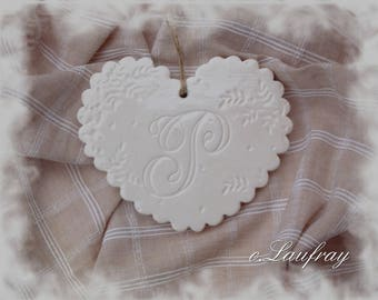 Large earthenware heart shabby style, Scalloped edges, lace, imbued initial 'P'