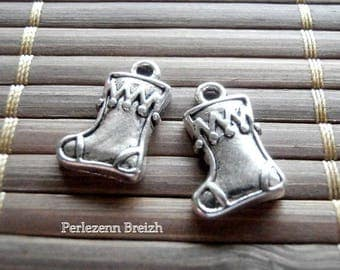 1 charm in silver color 11x17mm Christmas boots
