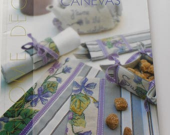 """""""Embroidery on canvas"""" book - Editions Carpentier - Home decor"""