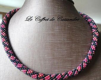 Necklace spiral Rod beads, woven crochet raspberry and black iridescent