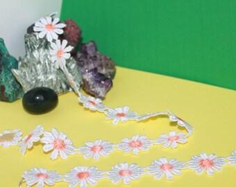 LACE FLOWERS ORNAMENT