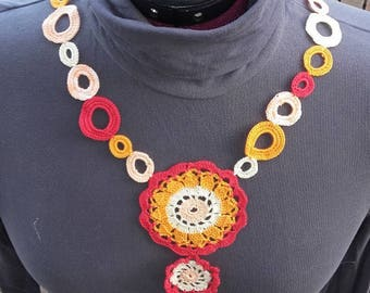Crocheted multicolor cotton necklace