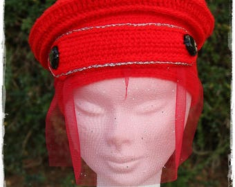 Hat, fantaisy hat beret with a crocheted Red Veil.
