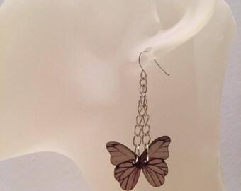 Butterfly earrings beige wood