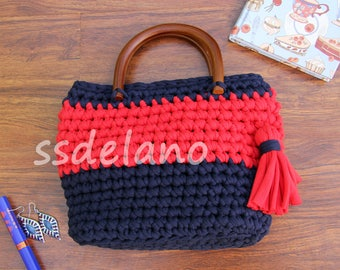 knitted handle Bag Revolutionary