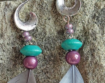 Earrings feather gray/blue, purple and turquoise beads