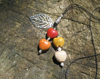 Porcelain and leaf beads long necklace
