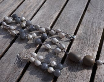 Necklace and earrings with stones and job tear seeds fine agates