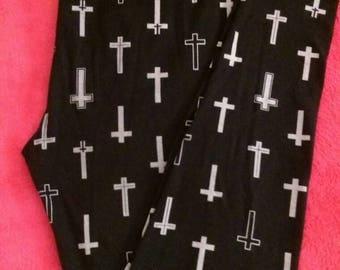 Used Black Cross Pattern Leggings