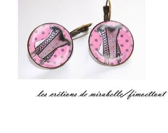 earring oreillle corset pink cabochon resin 20 mm