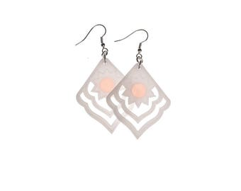 Earrings - Sunset - white / peach