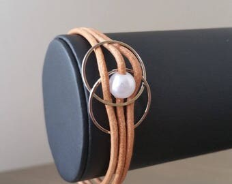 Natural leather with rings and Bead Bracelet