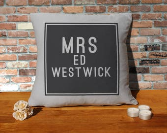Ed Westwick Pillow Cushion - 16x16in - Grey