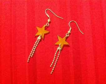 Simple stars shrink plastic earrings.