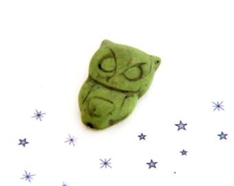 Green reconstituted stone OWL pendant bead