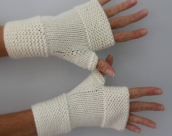 Ivory white hand knitted mittens