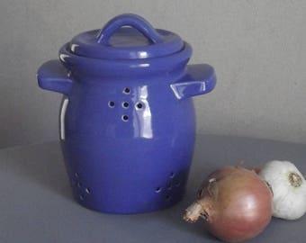 Handmade ceramic onion jar / ultramarine blue