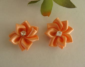 Set of 2 flower 25 mm apricot rhinestone appliques