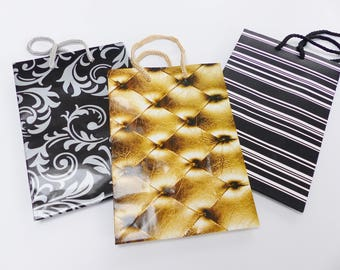 set of 3 white Silver Gold resistant paper gift bag and black 15, 5 X 11, 5 cm