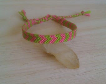 FOR THE SUMMER ARROW FRIENDSHIP BRACELET