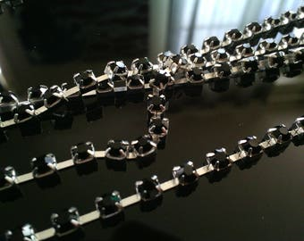 silver metal, rhinestone chain 30 cm / 2 mm black rhinestones