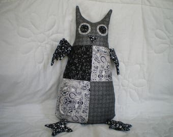 cuddly OWL in black and white patchwork fabric