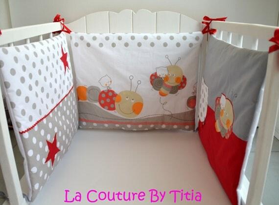 tour de lit fait main chenilles et etoiles gris mode b b. Black Bedroom Furniture Sets. Home Design Ideas