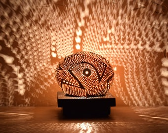 Metroplis No 4, graphic ambiance carved white coconut table lamp