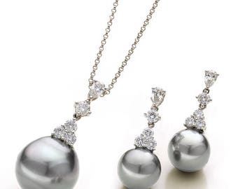 Little Drops of Heaven - Diamond and Pearls Necklace & Earrings Set