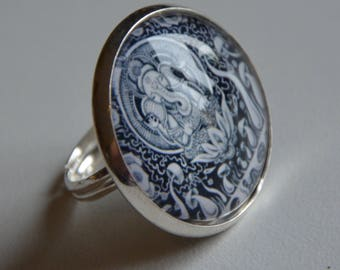 "Cabochon ring jewelry fantasies ""Elephant Hindu theme"" in black and white shades"