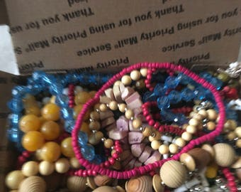 Z 22, vintage to now mixed assorted beaded necklace lot, wear, resell, gift
