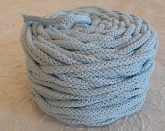 Cotton cord. Twisted cotton cord. Cotton rope. Corde macramé bleu dragée .Bobine de cordon tressé 6 mm en coton 100 %, bleu dragée. 50 m.