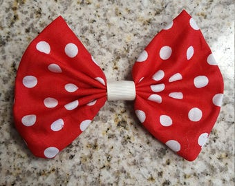 Red and white polka dot bow clip, girls hair bow, girls hair clip, polka dot bow, red bow, hair bows, hair clips