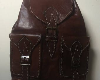 Pretty Vintage style 100% new leather backpack