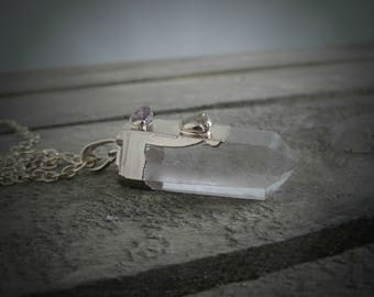 Clear crystal necklace