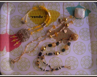 * set of 2 * Gold NECKLACES, pearls and vintage findings *.