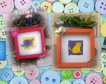 Set of 2 frames child's room... my pets!