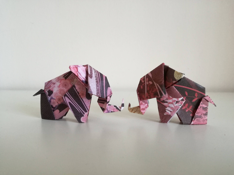 2 handmade origami elephants toyo washi chiyogami enrei paper sold by hobbyorigami jeuxipadfo Images